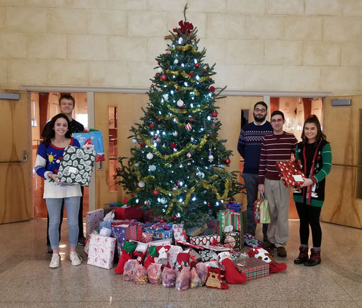Upper School Collects Gifts For Local Children In Need